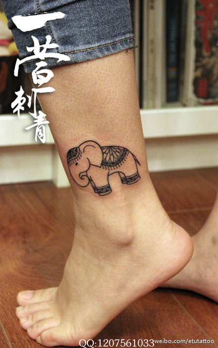 女小腿纹身图案大全_女生小腿可爱时尚的小象纹身图案